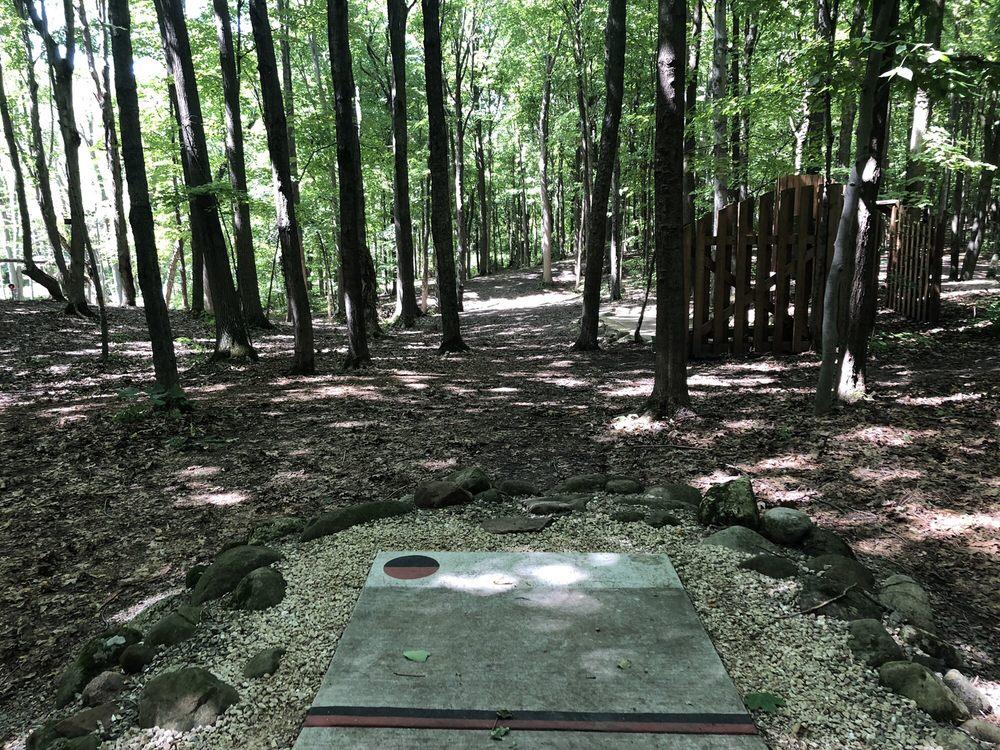 Rollin Ridge Disc Golf Course: 21315 Us-10, Reedsville, WI