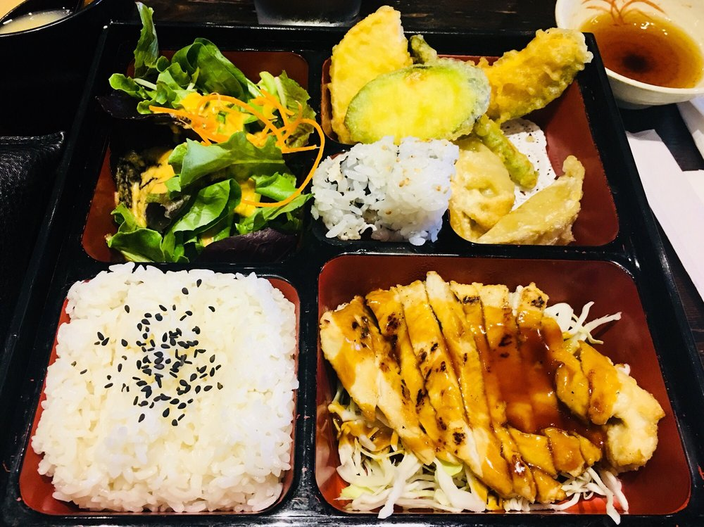 Ichizen Sushi & Japanese Cuisine: 13307 Poway Rd, Poway, CA