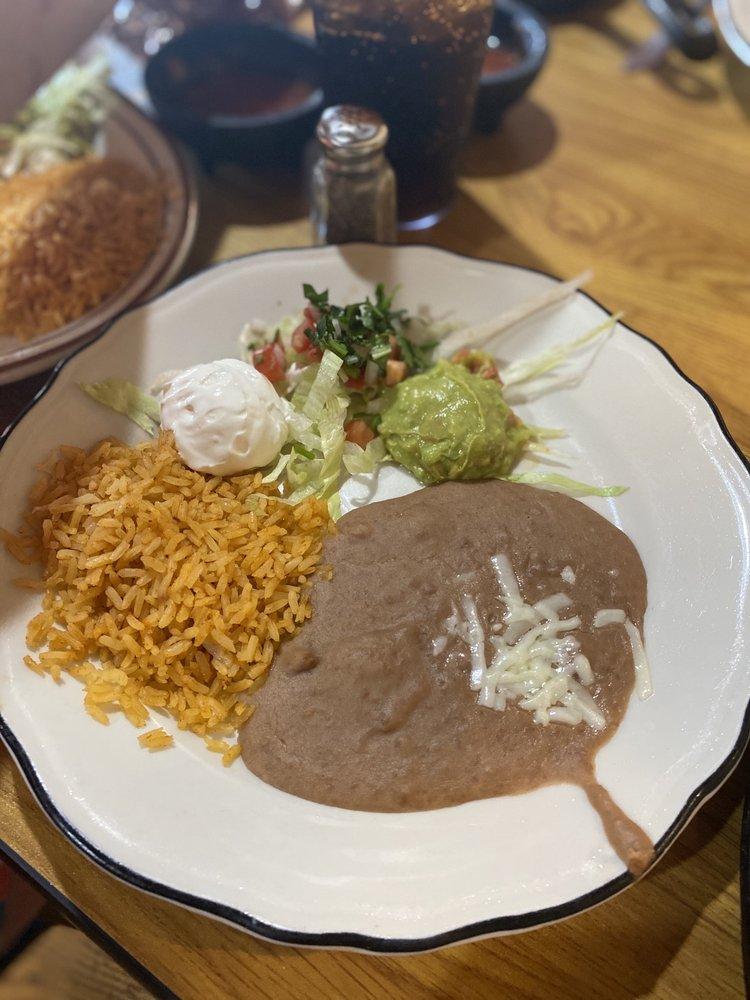 Rosita's Mexican Restaurant: 35 Macadoodle Ln, Pineville, MO