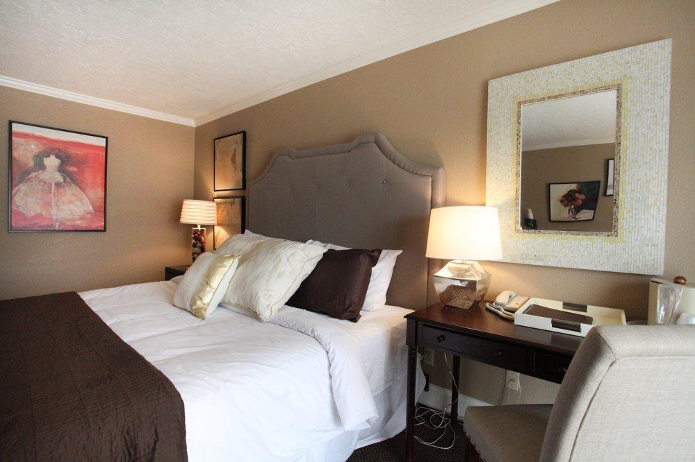 Stratford Court Hotel: 18 S Main St, Cedar City, UT