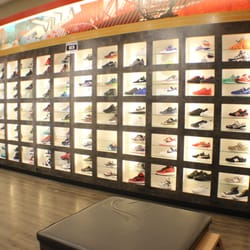 Sneaker villa in wilmington delaware