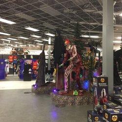 photo of spirit halloween orlando fl united states