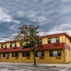 Photo Of Econo Lodge Manitowoc Wi United States