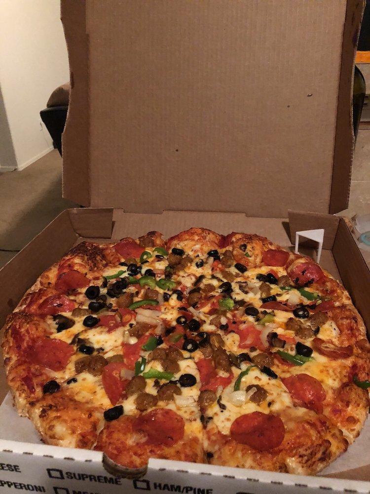 R & R Pizza Express: 9 Morenci Mall, Morenci, AZ