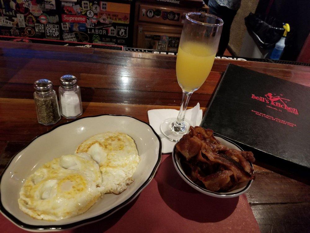 Hell's Kitchen Lounge: 150 Lafayette St, Newark, NJ