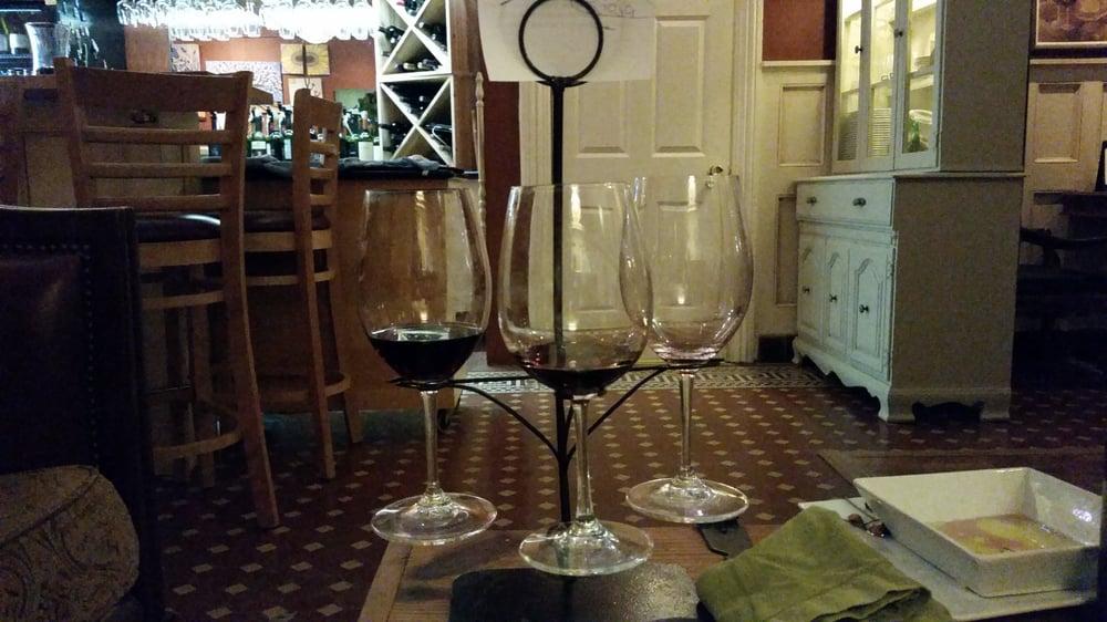 Con Amici Wine Bar: 126 3rd St, Baraboo, WI