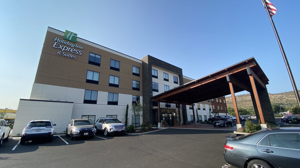 Holiday Inn Express & Suites The Dalles: 2920 W 6th St, The Dalles, OR