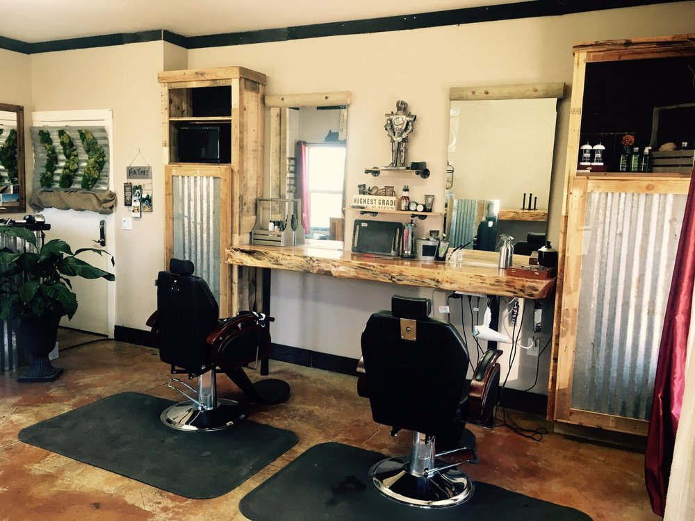Smitty's Barber Shop: 7216 NE 219st St, Battle Ground, WA