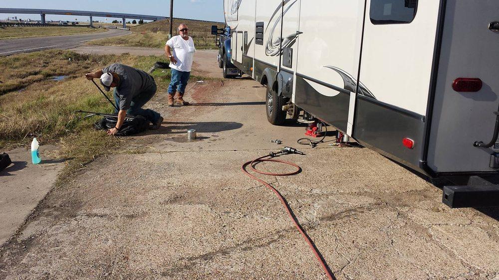 Corsicana Roadside Service & Recovery: Corsicana, TX
