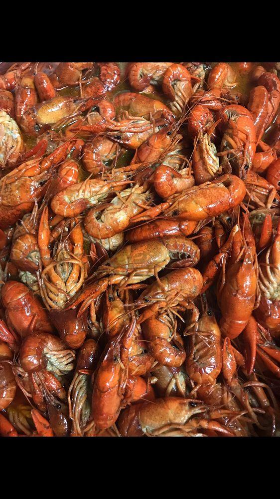 Karo's Seafood: 215 A Highway 43 N, Saraland, AL