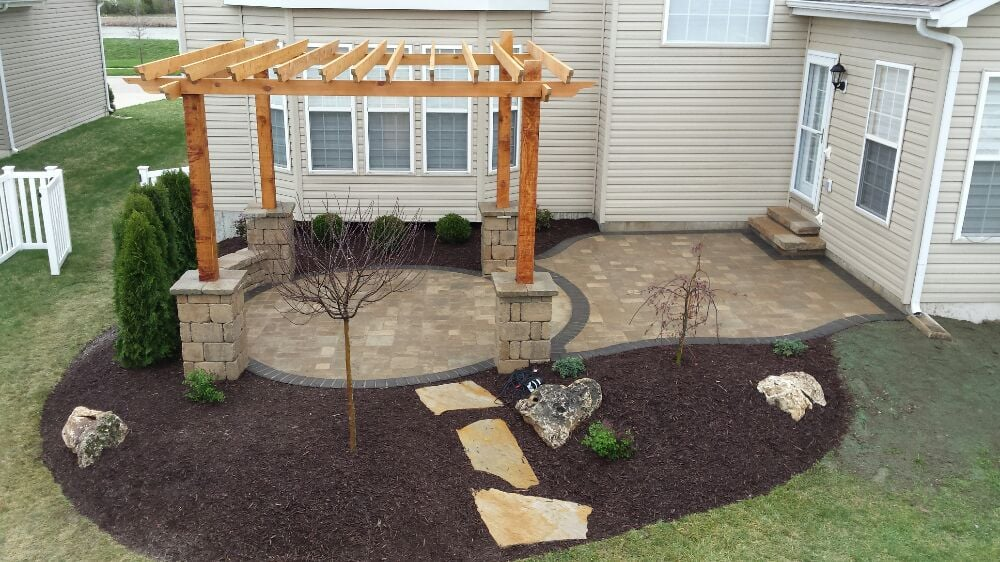 Dreamscapes Outdoor Services: Collinsville, IL