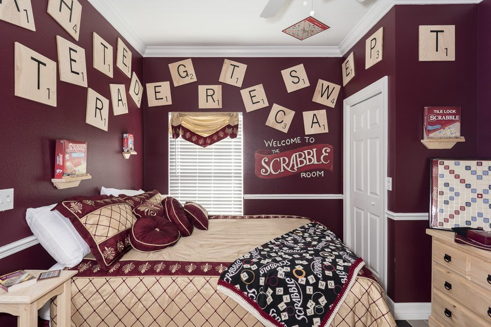 the great escape's scrabble bedroom - unscramble the tiles on the