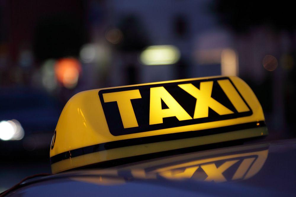 Roseville Taxi Service: 1216 Emerald Oak Rd, Roseville, CA