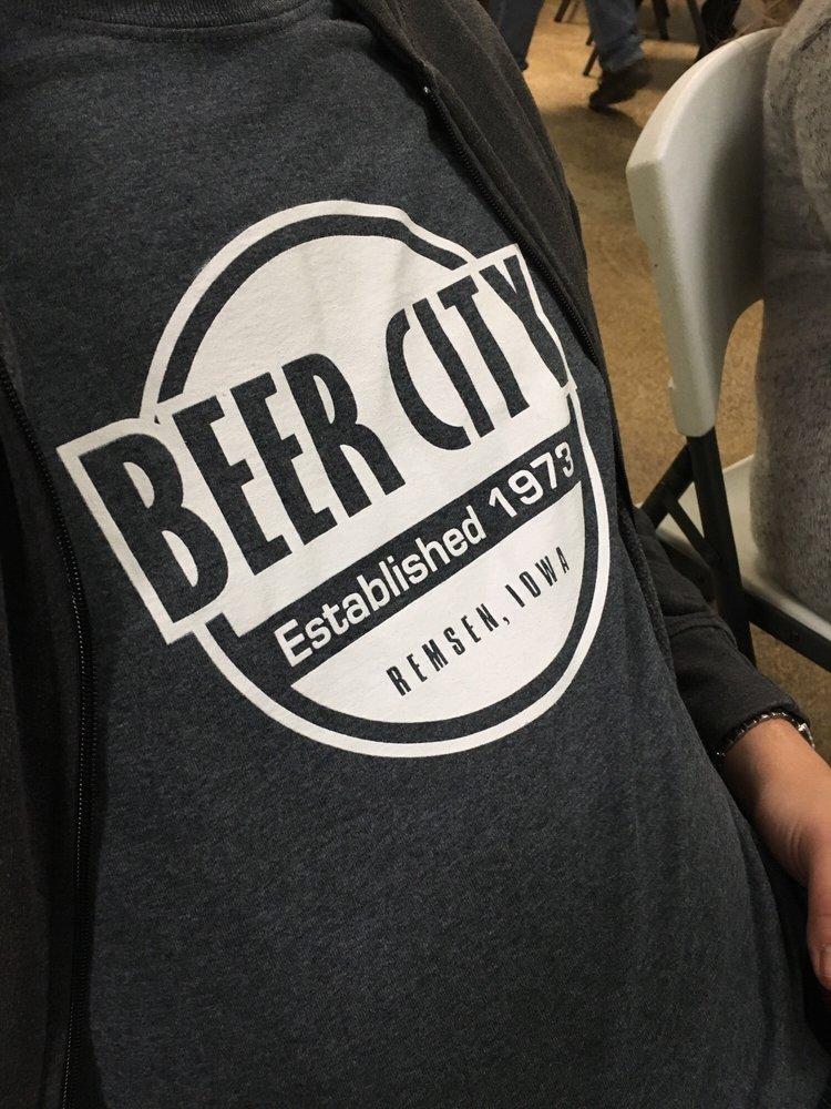 Beer City: 1ST St, Remsen, IA