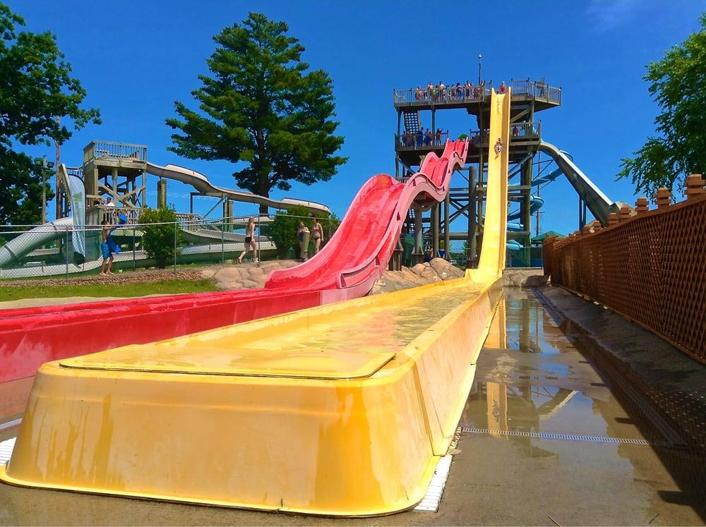 Chula Vista Resort Wisconsin Dells Wi United States: Water Slides At Adventure Lagoon