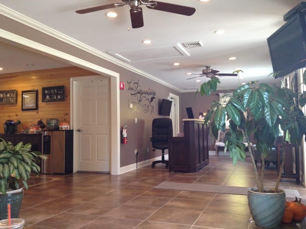 Signature Salon & Day Spa: 173 Boston Post Rd, North Windham, CT