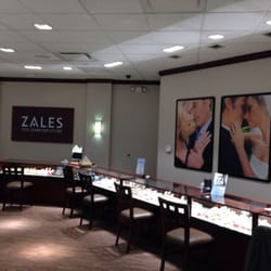 Zales jewelers jewelry 1030 fiesta mall mesa az for Jewelry stores mesa az