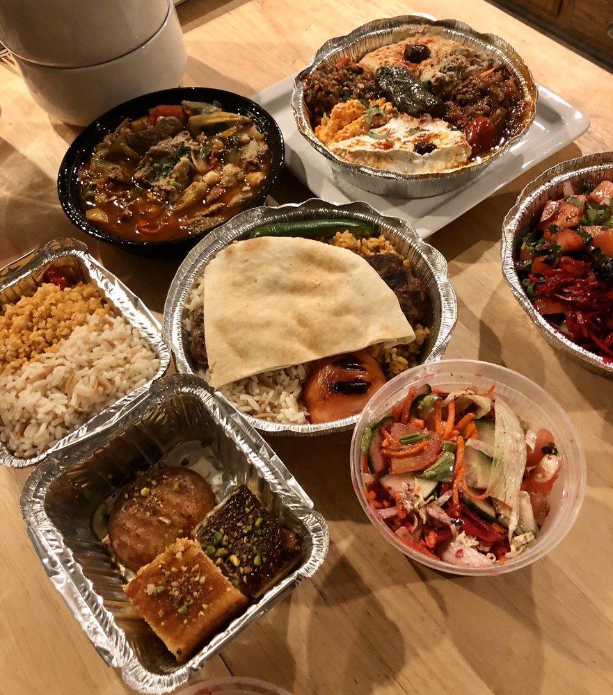 Food from Istanbul Gyro & Kebab