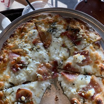 Industrial Pizza & Brew - 47 Photos & 58 Reviews - Pizza