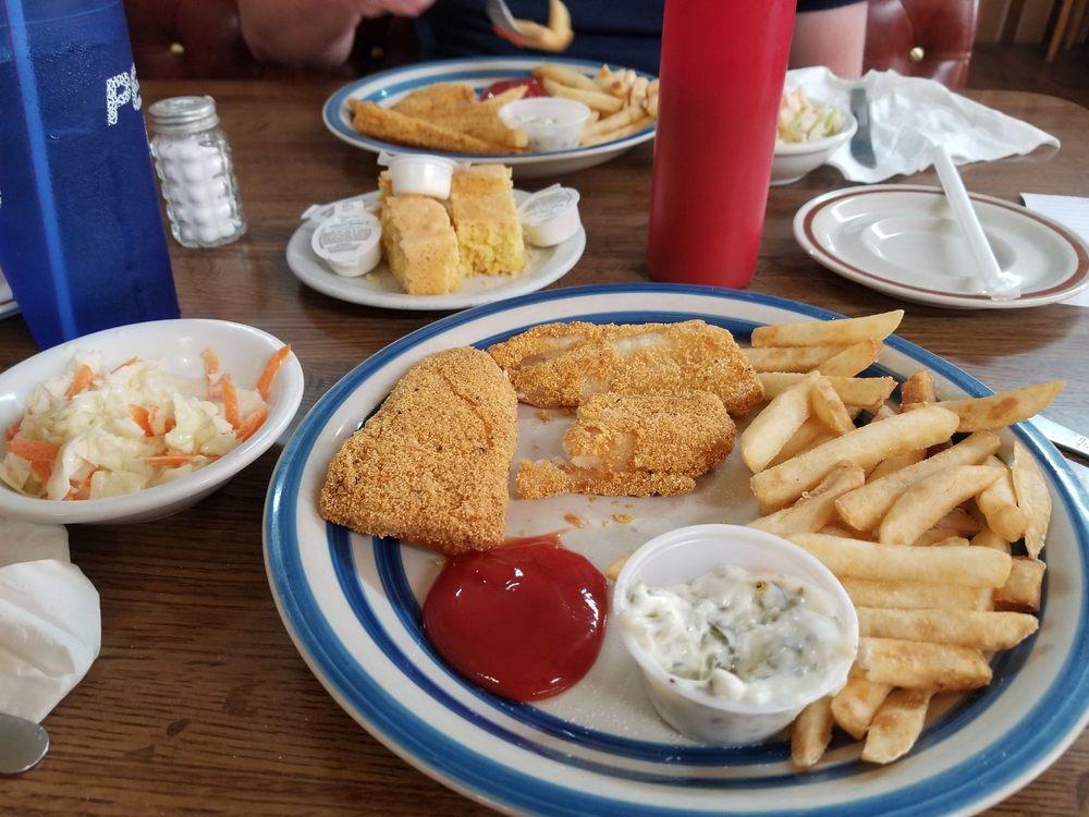 Ron's Family Restaurant: 125 N Oak, Mountain View, MO