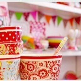 Riva steffi spitzl boutiques de souvenirs limmerstr for Souvenir hannover