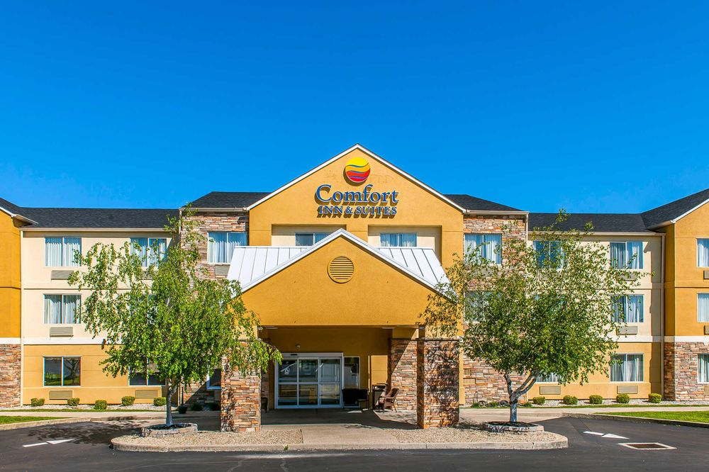 Comfort Inn & Suites: 105 Stone Trace Drive, Mount Sterling, KY