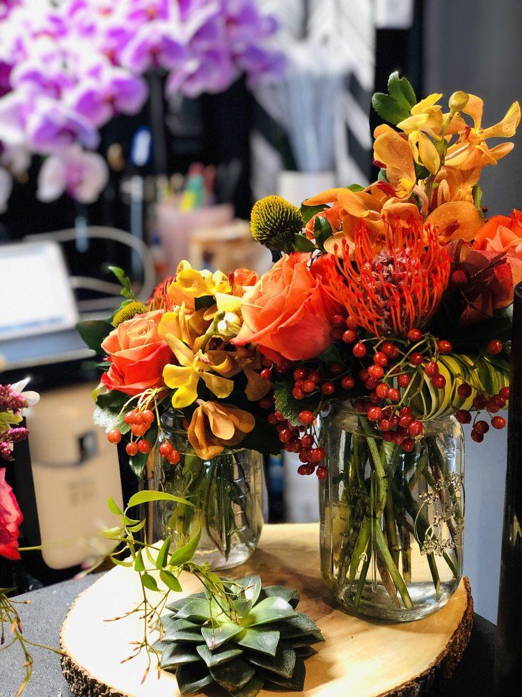 R&G Floral Design and Events: 555 Port Washington Blvd, Port Washington, NY