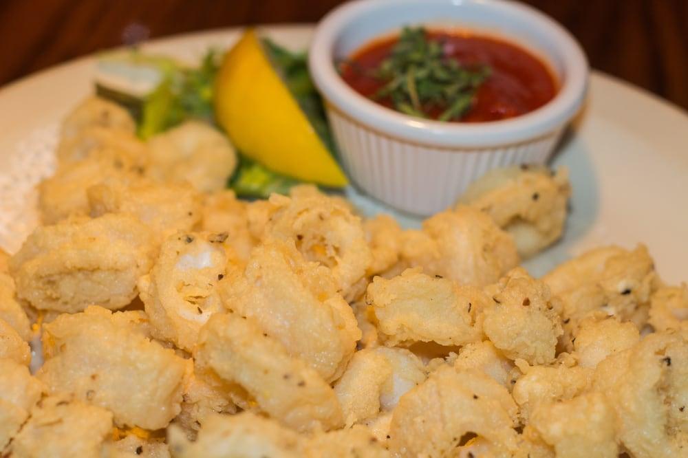 Iavarone's Steakhouse & Italian Grill: 3617 W Humphrey St, Tampa, FL