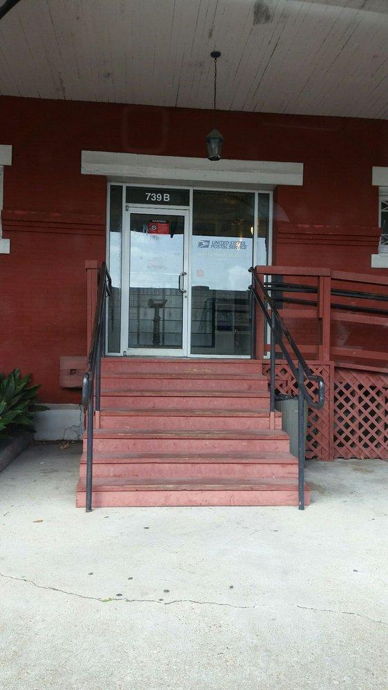 United States Post Office: 739 3rd St, Gretna, LA