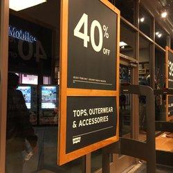 d5b351355ea Levi s Outlet Store - 25 Photos   65 Reviews - Men s Clothing - 20 City  Blvd W