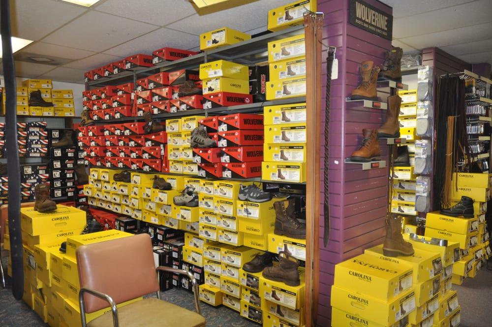 Albert's Shoe Repair: 112 W Railroad St, Centralia, MO