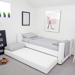 Ordinaire Photo Of Monte Design Group   Etobicoke, ON, Canada. Monte Design Dorma Bed