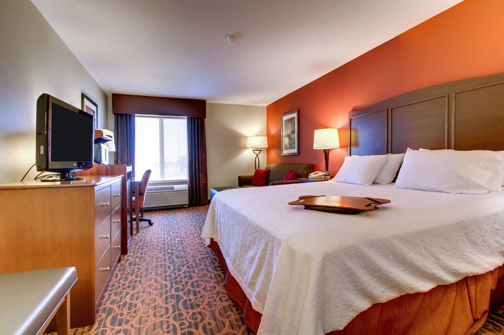 Hampton Inn: 4115 Holiday Lane, Ottawa, IL