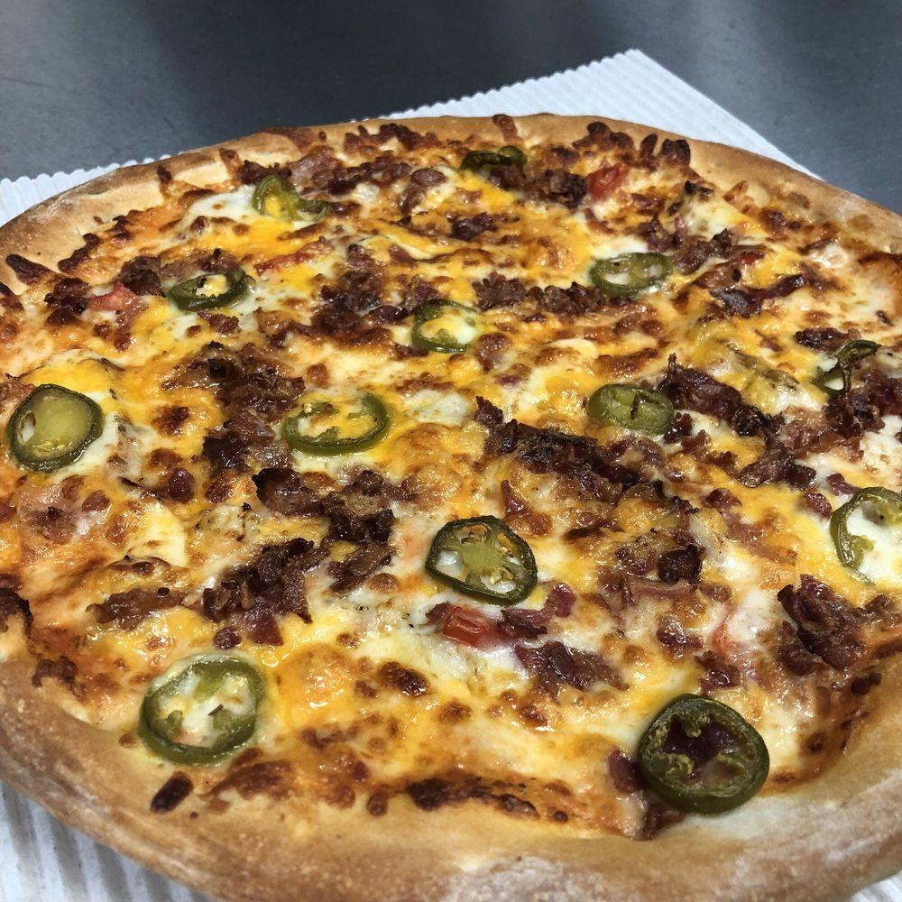 Whiffle Boys Pizza Goreville: 221 S Broadway, Goreville, IL