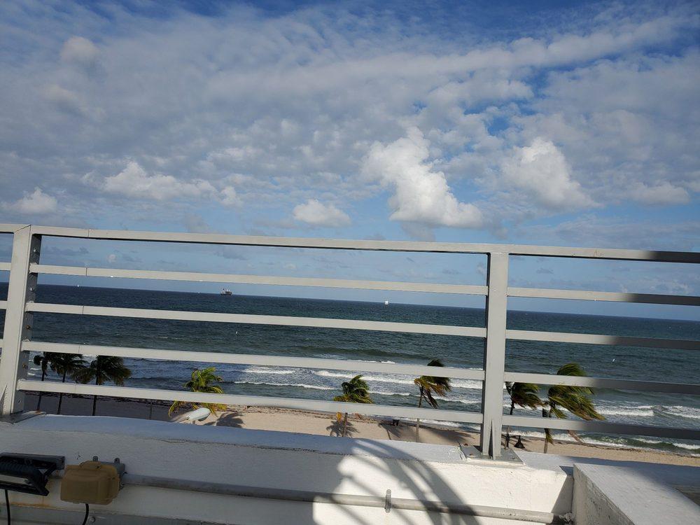 Snooze: 205 N Fort Lauderdale Beach Blvd, Fort Lauderdale, FL