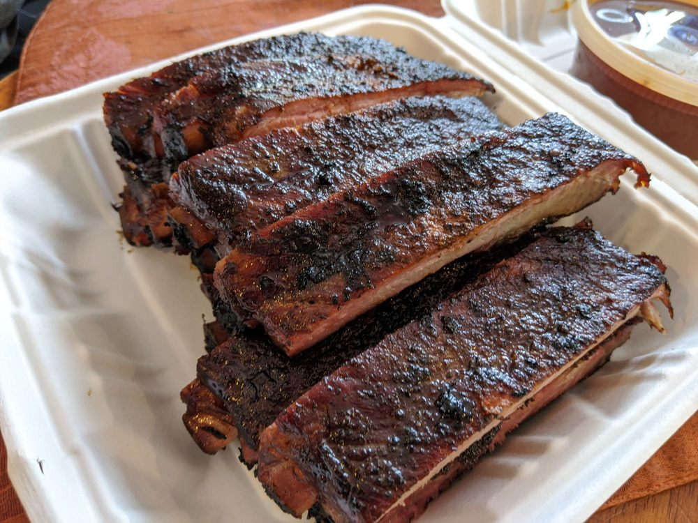 RC's Ribs & Soul: 9717 Temple Hill Rd, Clinton, MD