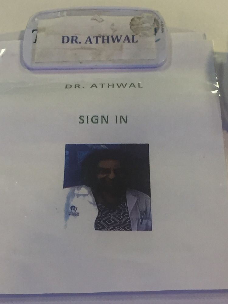 sign in sheet has a photo so the doctor is easily recognized yelp
