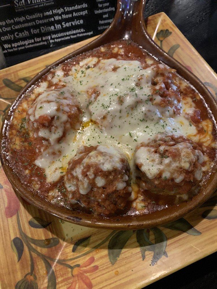 Sal Vitale's Italian Restaurant And Pizzeria: 1010 Park Ave, Muscatine, IA