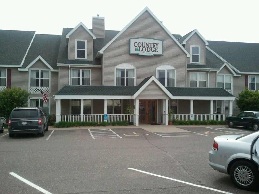 Country Inn & Suites by Carlson: 636 US Hwy 8 63, Turtle Lake, WI