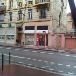 Boutique sncf ferm transports ave des freres for Boutique hotel 8eme