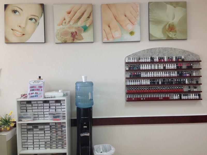 Classic Nails Salon: 10314 Southern Maryland Blvd, Dunkirk, MD