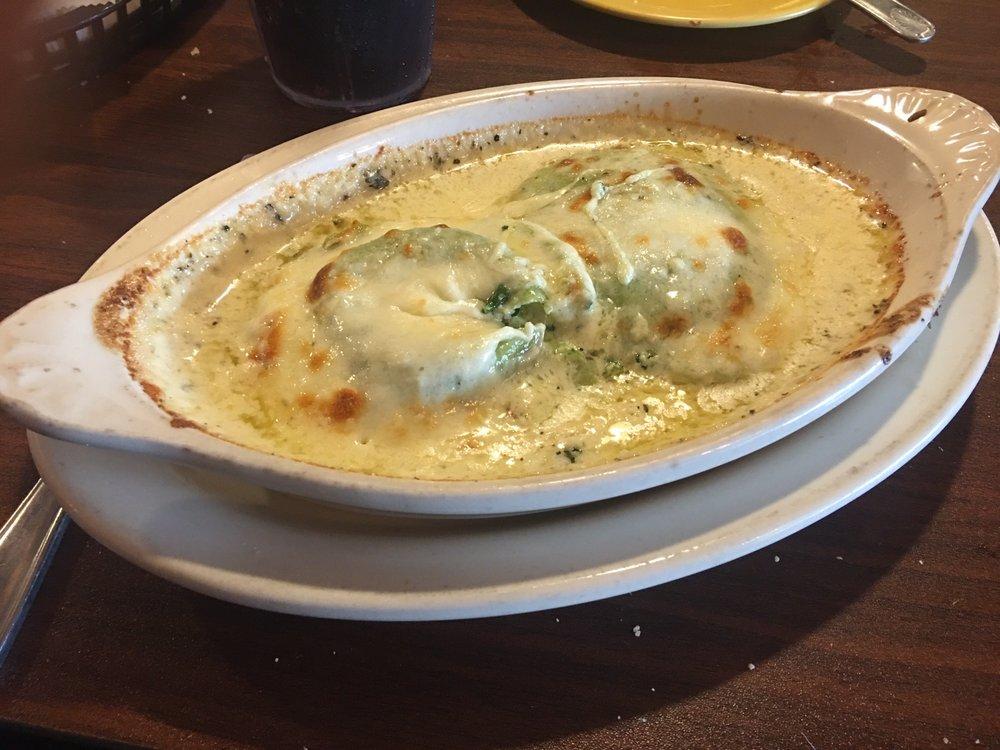 Lava Italian Restaurant: 1576 N Henderson St, Galesburg, IL