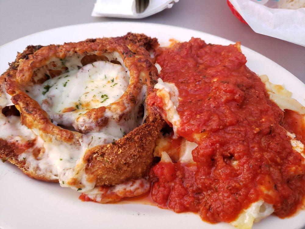 Ferndale Pizza: 607 Main St, Ferndale, CA