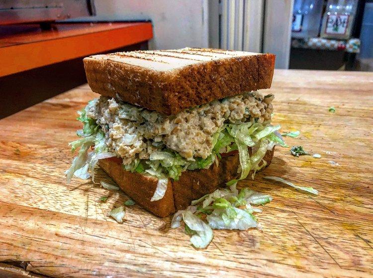 Jikoni Cafe: 633 W 35th St, Norfolk, VA