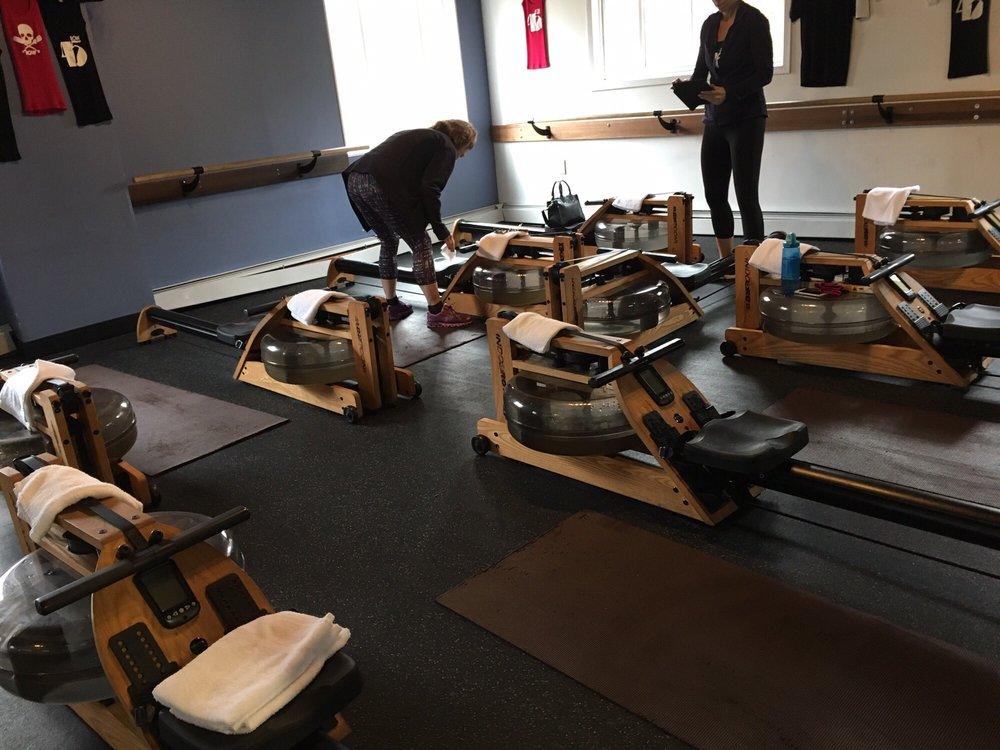 D-FINE Fitness: 1 Albertson Ave, Albertson, NY
