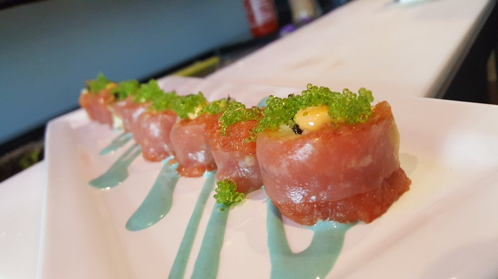 BluWave Sushi Bar & Grill: 122 S Howard Ave, Tampa, FL