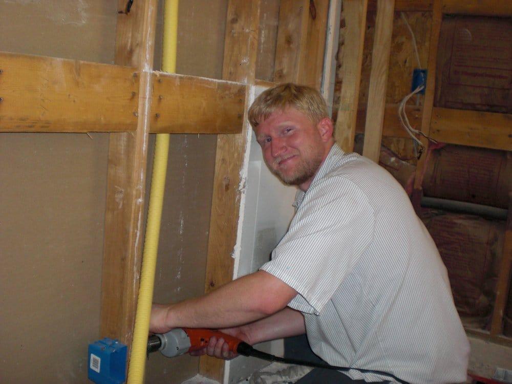 Santhoff plumbing company plumbing 6330 alder dr for Plumber 77080