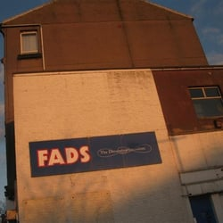Fads trading closed home decor 74 main street for Home decor zone glasgow
