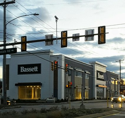 Bassett Home Furnishings Furniture Stores 611 W Dekalb