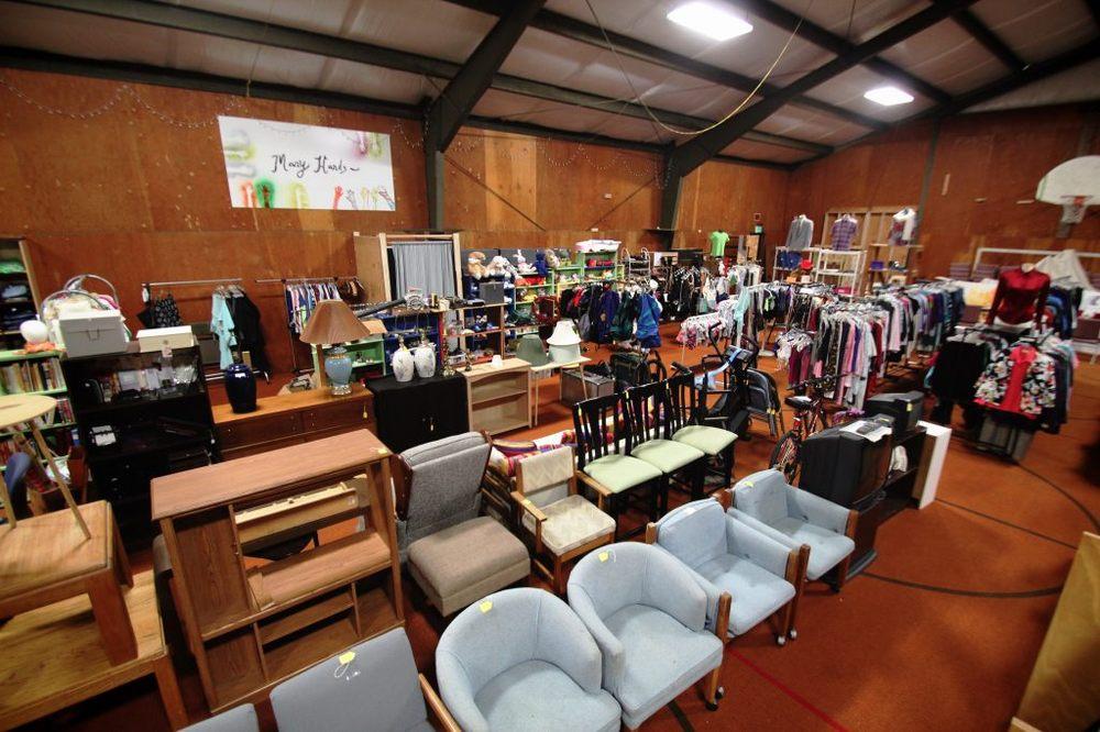 St James Thrift Shop: 24447 94th Ave S, Kent, WA
